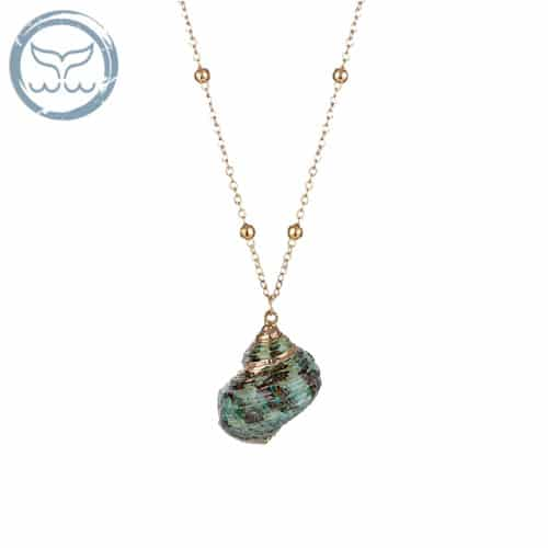collier coquillage turbo vert